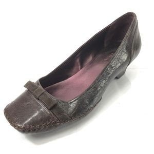 CLARKS Indigo 10 Fern Stitch Brown Bow Tie Heels